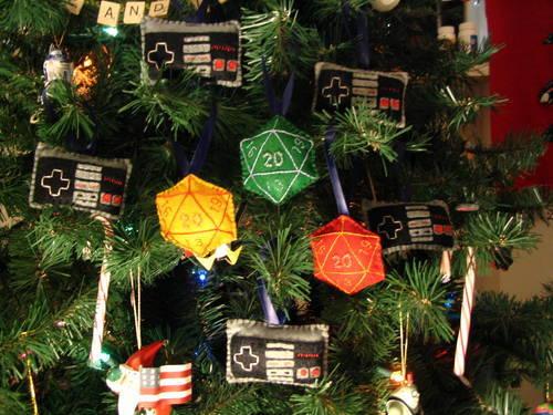 D&D Christmas Tree Ornaments D20s