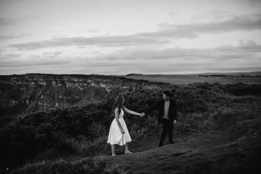 Elopement Giants Causeway Engagement_0023.jpg