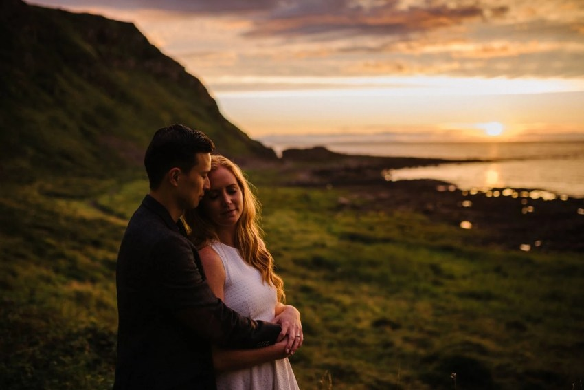 Elopement Giants Causeway Engagement_0034.jpg