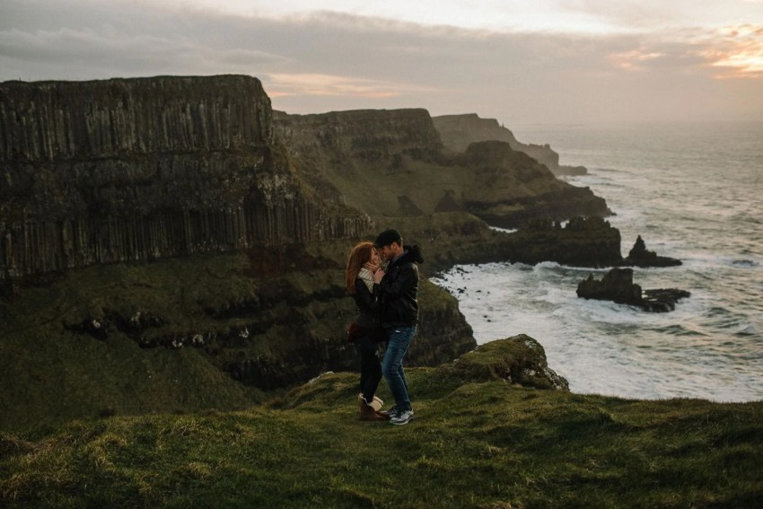 Dunluce Castle Engagement Photographer_0051.jpg