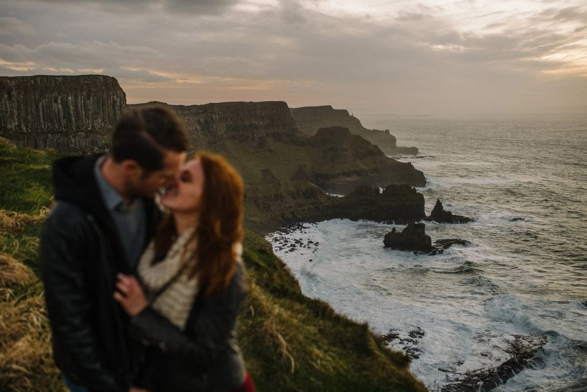 Dunluce Castle Engagement Photographer_0059.jpg
