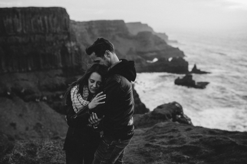 Dunluce Castle Engagement Photographer_0061.jpg