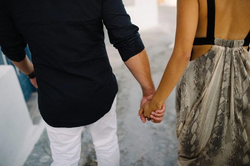 Santorini Engagement Photographer_0015.jpg
