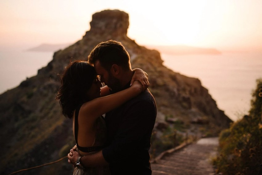Santorini Engagement Photographer_0042.jpg