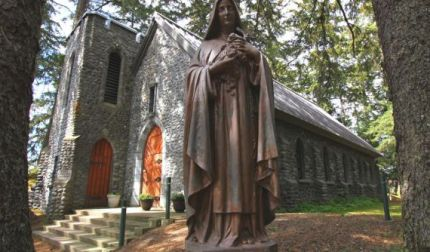 Juneau_shrine_of_saint_therese
