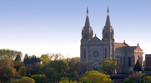 St._Joseph_Cathedral,_Sioux_Falls,_SD