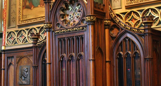 """Irish Priests To Extend Confession Times To 8 Hours A Day Because Of """"Gargantuan"""" Number Of Penitents"""