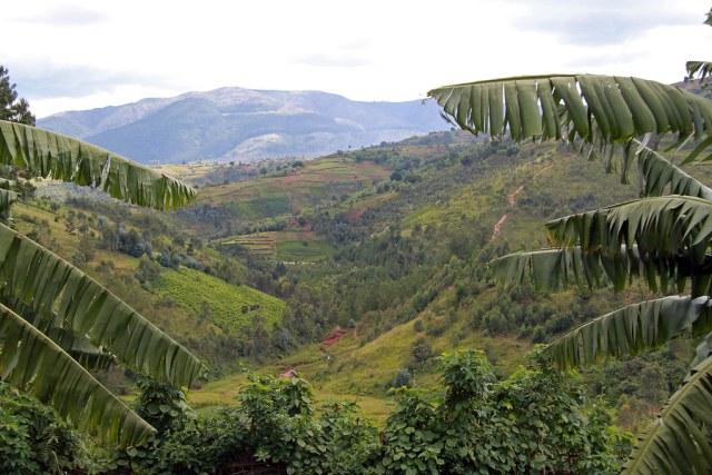 burundi_landscape_christine-vaufrey-flickr