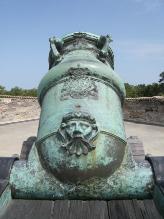 Detail: Spanish cannon