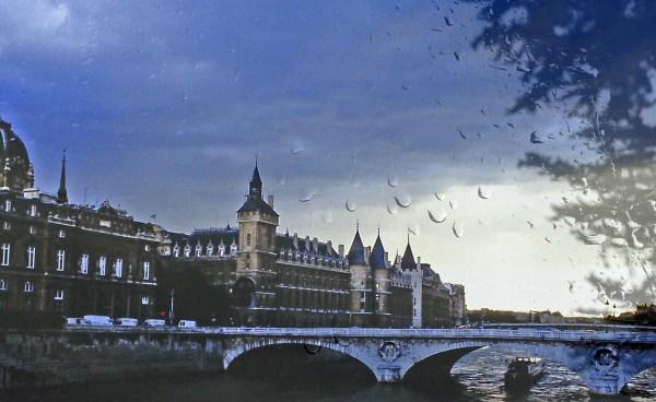 Pont_neuf_rain1