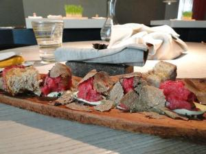 Raw beef with white truffles