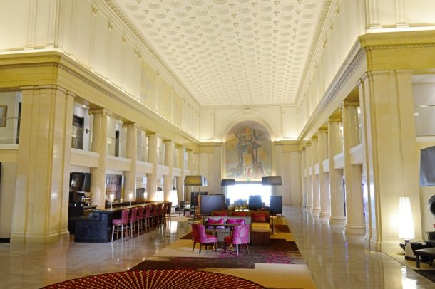 Lobby and Teller Bar in Denver Downtown City Center Hotel. Photo courtesy of Renaissance.