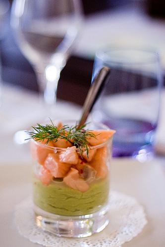 ceviche-saumon-avocat-ecrase