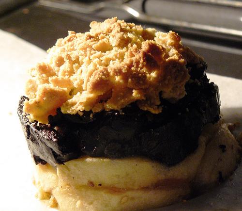crumble-au-boudin-noir-et-aux-pommes