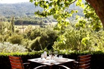 Bastide de Moustiers | La terrasse ombragé | Photo David Bordes