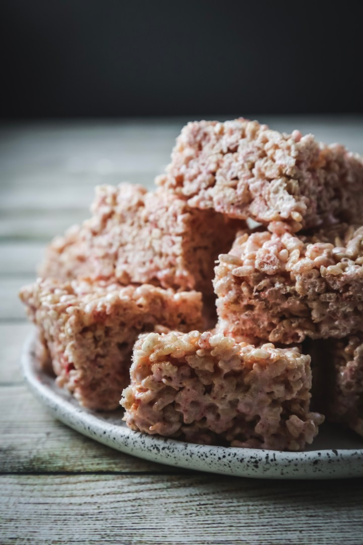 Strawberry Cheesecake Rice Crispy Treats