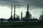 refinery-340439_640