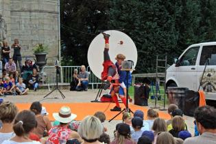 spectacle-chateau-Epinal (3)