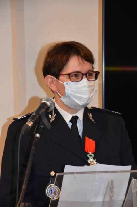 Marie-Hélène Villaume reçoit les insignes de chevalier de la Légion d'Honneur 2