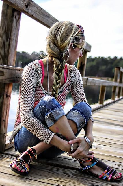 浴衣着用時の髪型セミロングは編み込みで簡単♪女性っぽさUPヘアアレンジ4つ