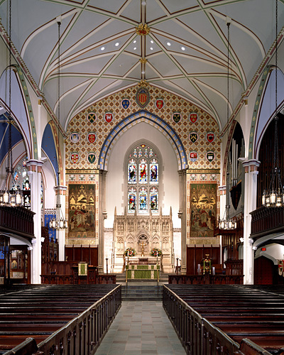 Christ Church Cathedral,      interior sanctuary