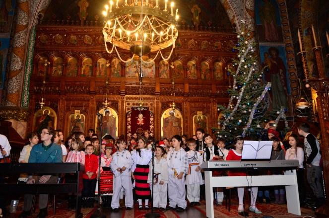 EPDH - Serbare Craciun copiii de la cateheza - 21.12.2015-21