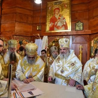 sfintire-si-canonizare-valcea-6