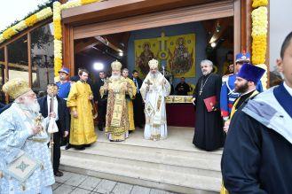 Patru-conducători-de-Biserici-Autocefale-au-coliturghisit-în-Bucureşti-VIDEO-4