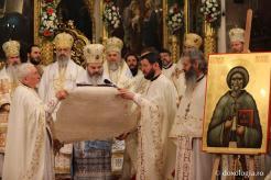 Mitropolitul-Iosif-Naniescu-și-Moșul-Gheorghe-Lazăr-au-fost-proclamați-sfinți-4