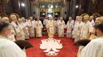 Mai-mulți-ierarhi-s-au-rugat-împreună-cu-Patriarhul-României-la-11-ani-de-la-întronizare-s-1.x71918
