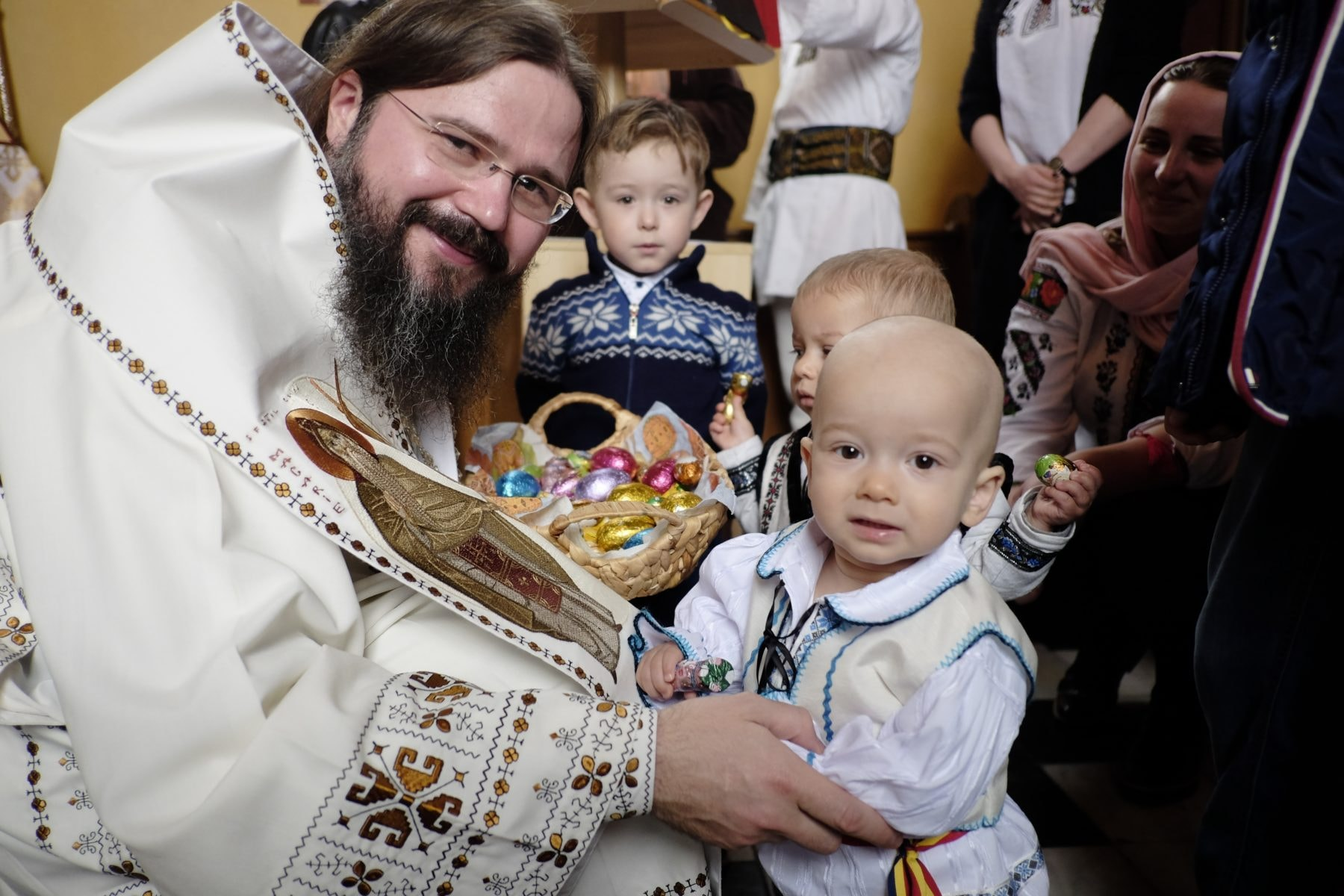 """His Grace Macarie of Northern Europe: """"Let's Have the Heart of a Child!"""" – Interview in the """"Orthodox Family"""" magazine, June 2018"""