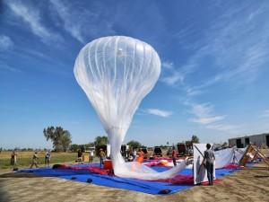 google_internet_balloon_launch_Google loon