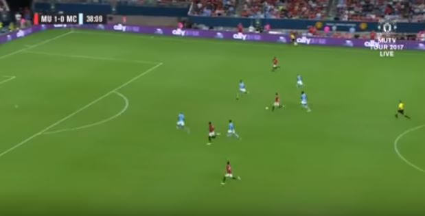 Mkhitaryan plays Rashford through for Manchester United