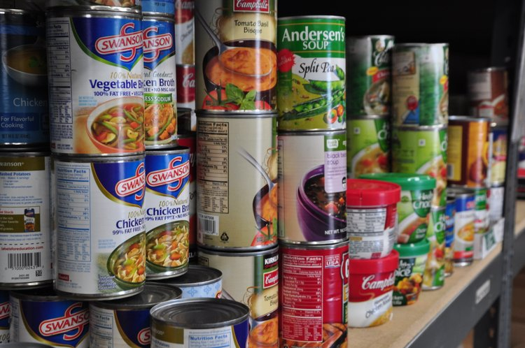 Hunger In The Community Food Bank Does Its Part To Help New York Amsterdam News The New Black View