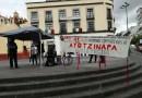 Se manifiestan ciudadanos a 6 años de la desaparición de los 43 estudiantes normalistas de Ayotzinapa.
