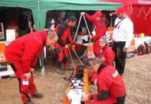 Záchranáři se na Americe zdokonalovali při práci v extrémních výškách