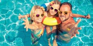 Maďarský Hévíz je skvělým místem pro dovolenou či víkendový pobyt rodin s dětmi