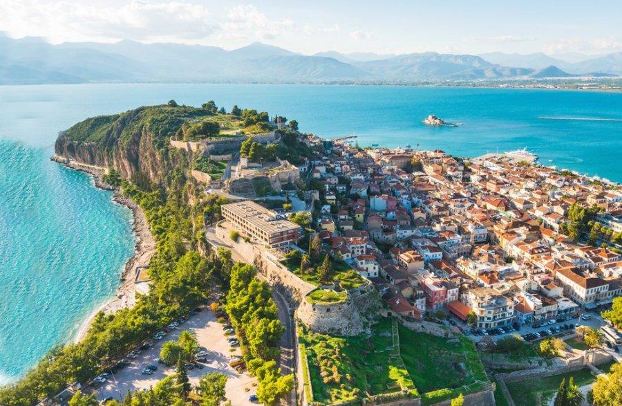 Peloponéský ráj: Příroda, starověké památky a teplé moře