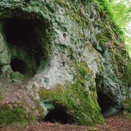 Skalky skřítků v Doupovských horách