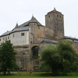 Tajemný zvon na hradě Kost odbíjí jen půlnoc