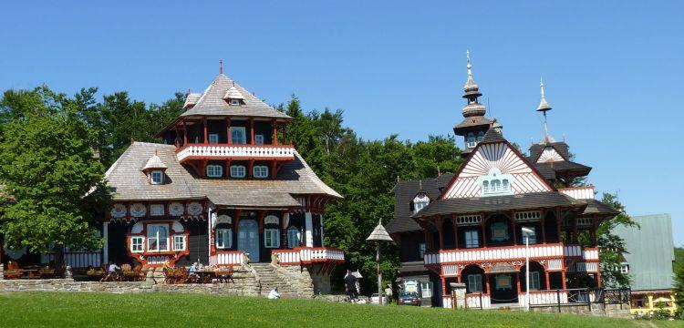 Slovanská architektura v Pustevnách