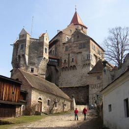 Mramorový hrad Pernštejn: Stal se domovem i americké Sněhurky