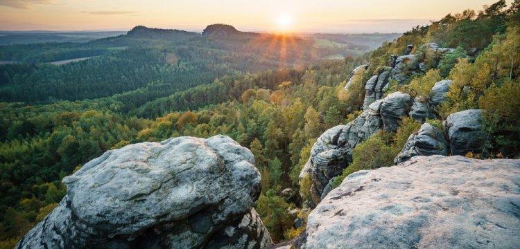 5 nejkrásnějších vrcholů našich hor, kam snadno dojdete pěšky