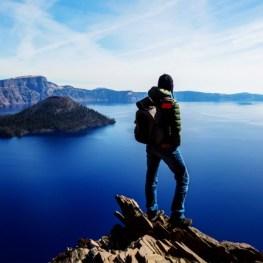 Kráterové jezero: Modrý zázrak s viditelností do hloubky 53 metrů