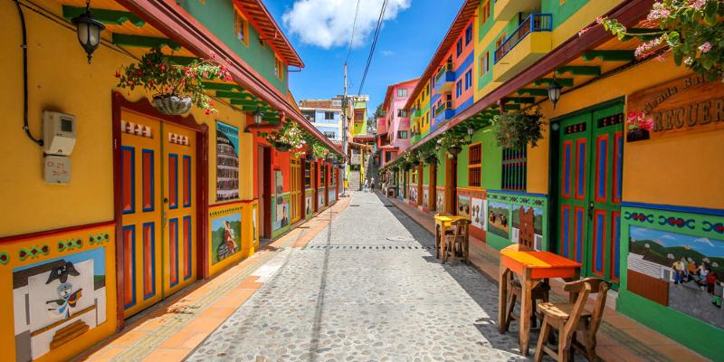 Pestrá planeta: Jaká jsou nejbarevnější města světa?