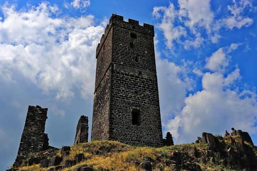Hrad Házmburk: Poklad pod Černou věží
