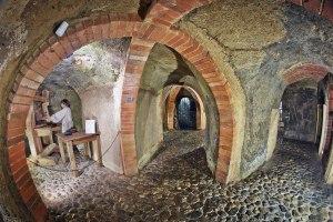 Plzeňské podzemí: Tajemný labyrint skrytý hluboko pod povrchem města