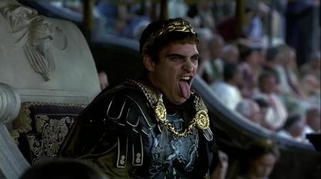 Římský císař Commodus svého otce nezabil. Sám se stal obětí atentátu.