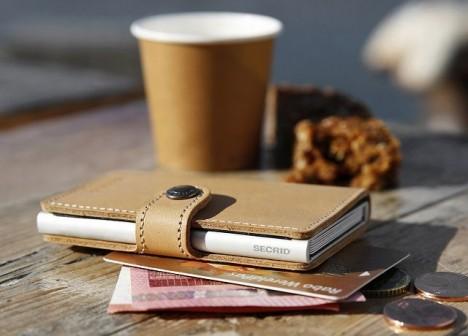S obalem Secrid od značky Victorinox budou vaše platební karty v bezpečí.