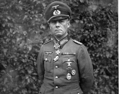 ca. 1930s-1940s, Probably North Africa --- Field Marshal Erwin Rommel --- Image by © CORBIS